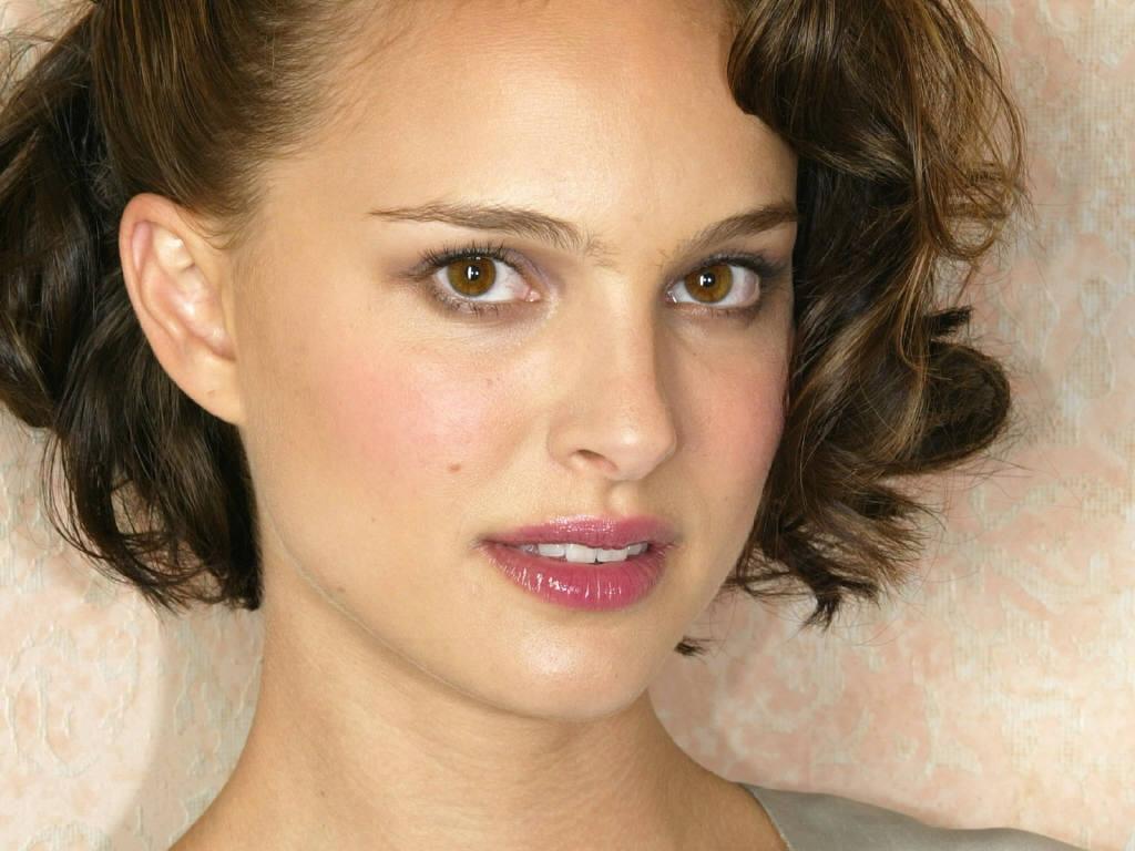 Natalie Portman Sexy Pics