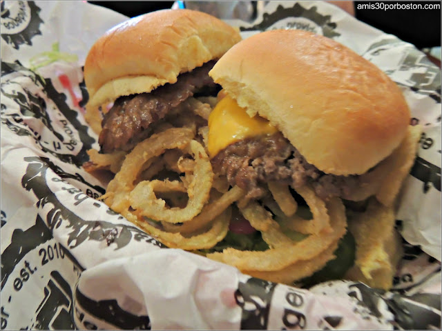 Hamburguesas en Harry's Bar & Burger, Providence