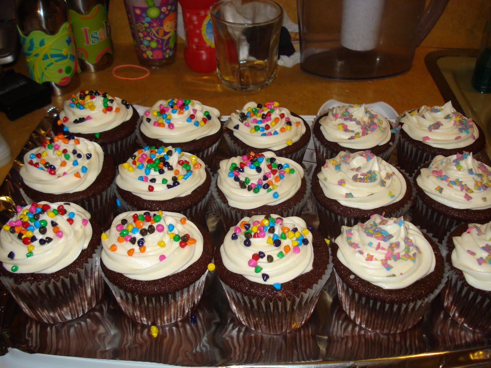 C & B Creations: Fun Cupcakes