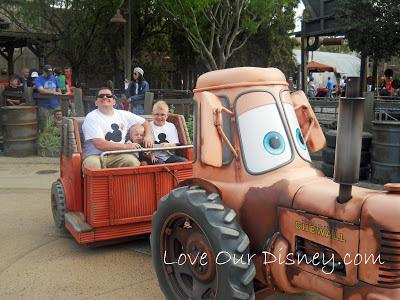 Disney with teens, tweens and toddlers. LoveOurDisney.com
