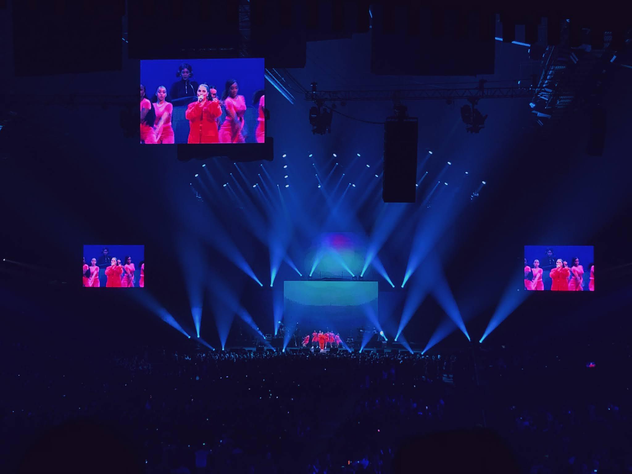 Optreden van Mabel