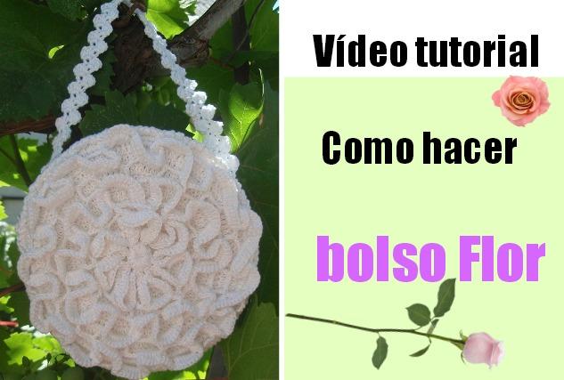 Bolso redondo con forma de  Rosa Crochet