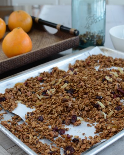 Gingerbread Granola ♥ KitchenParade.com, granola all dressed up for Christmas with orange and molasses plus special spices. Lower Sugar, Bigger Flavor. Vegan. Gluten Free. Great for Meal Prep & Homemade Food Gifts.