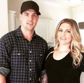 Jamie Benn With His Girlfriend Katie