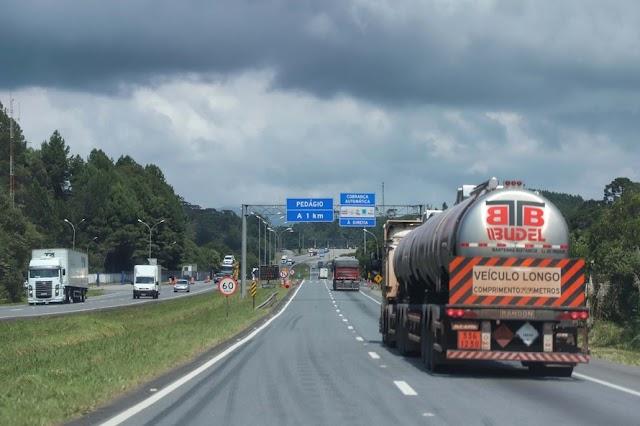 Governo do Paraná reforça cuidados e apoio aos caminhoneiros