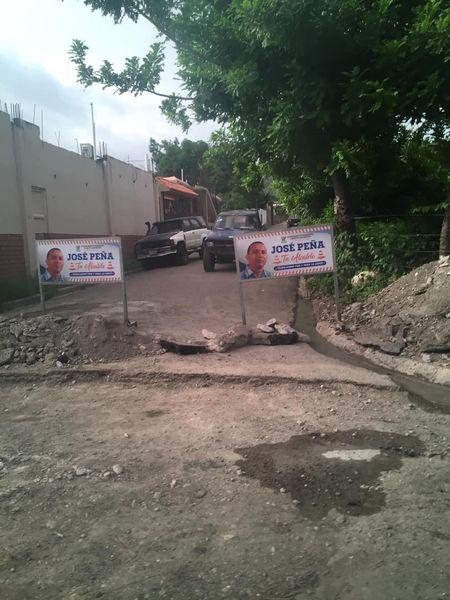 Alcaldía de Cambita Garabito inicia construcción de badenes en barrio la Torre