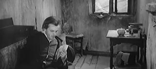 https://www.literaturus.ru/2020/07/komnata-raskolnikova-kamorka-zhilishhe-kvartira.html