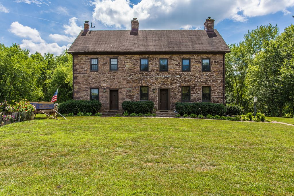 Sweet House Dreams Castle Farms 1880 Brick Colonial Farmhouse In