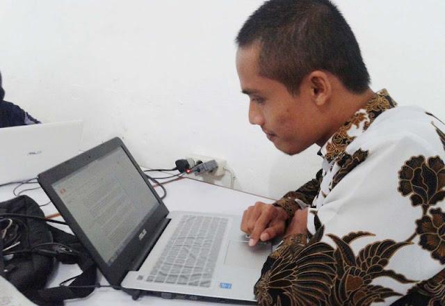 Cara Menjadi Pribadi yang Berwibawa Saat Berbicara Mirwan Choky