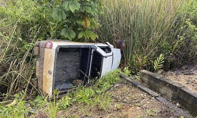 Motorista perde controle e desce ribanceira na região de Jaguaquara