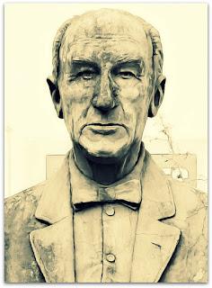 Busto de Henrique Vitrock, Canoas
