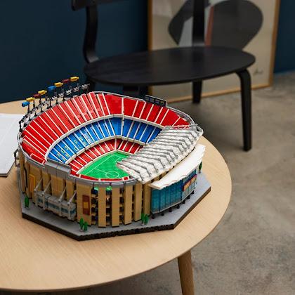Peça a peça, se constrói um grande estádio.