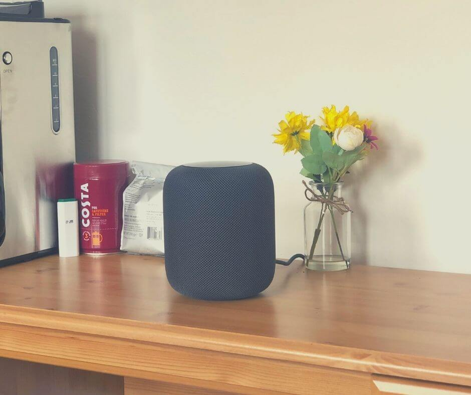 reading-listening-watching-14-homepod
