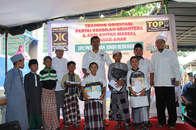 Masuk Liburan Sekolah, PKS Medan Johor Gelar Khitanan Masal