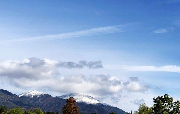 iPhone image of Saddleback Mountains from Orange County location (Source: Palmia Observatory)
