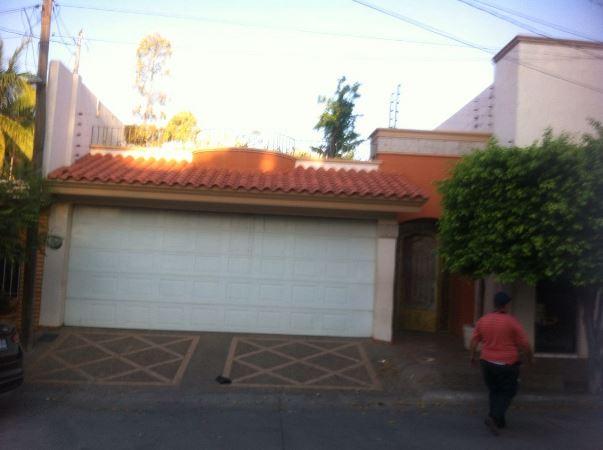 Culiacán; Cateos de Marina y Ejército en varios puntos de la ciudad; hay un detenido