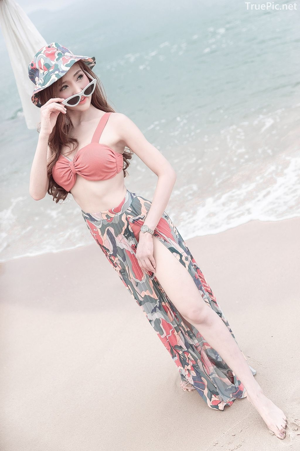 Thailand model - I'nam Arissara Chaidech - Pink Bikini on the beach - TruePic.net - Picture 8