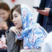 Wallpaper Bae Suzy Special Hijab Fansign 2018 #1 607 x 720 for Android/iPhone