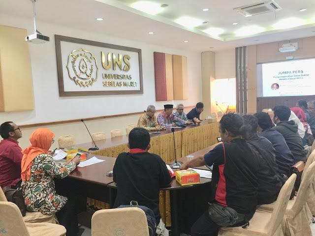 UNS Solo Berikan Gelar Doktor Kehormatan Kepada Panglima TNI