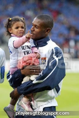 Éric Abidal and his Daughter