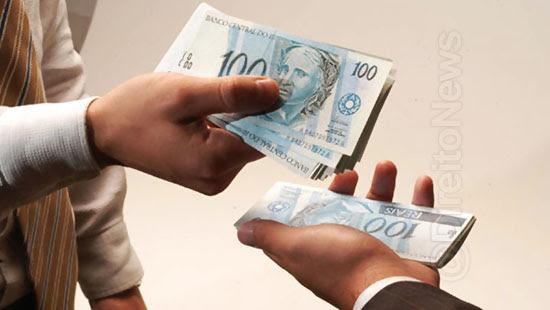 banco responsavel danos gerente extorquiu cliente