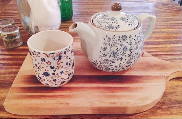 Meet & Treat Newcastle skinny minnie tea