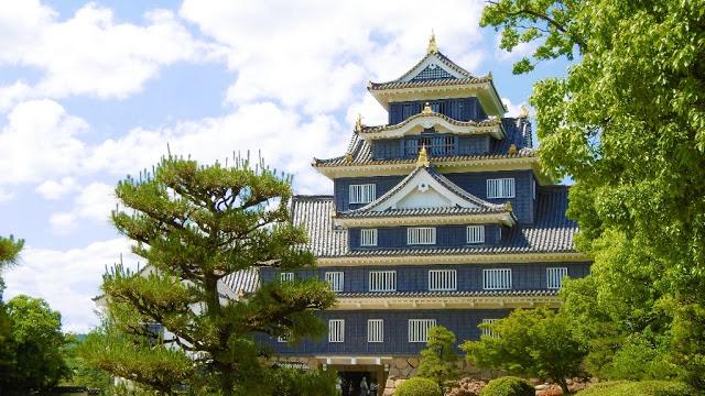 岡山城の天守閣 烏城