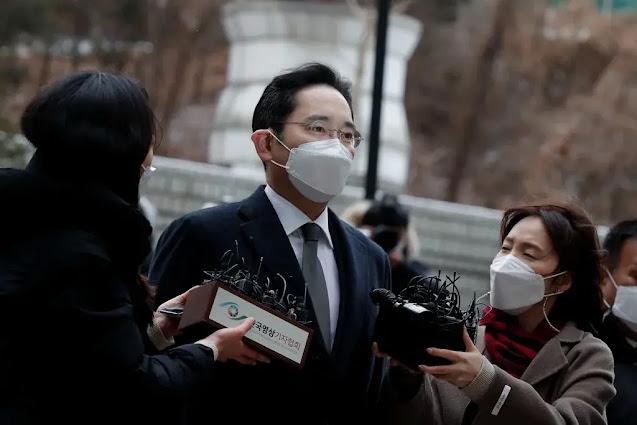 لي جاي يونغ: إطلاق سراح وريث سامسونغ من السجن مقابل إطلاق سراح مشروط