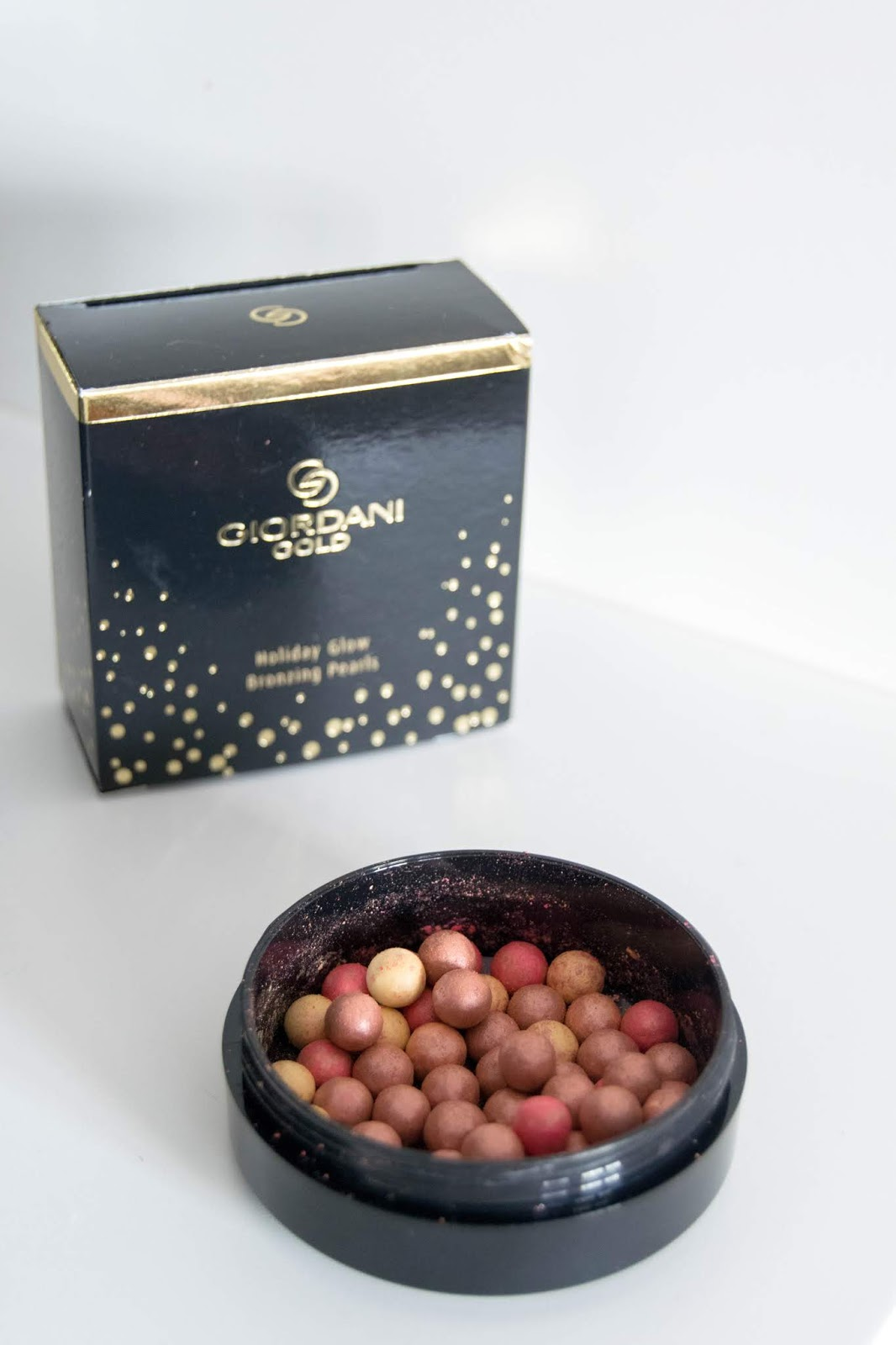Holiday Glow Bronzing Pears Giordani Gold - Oriflame