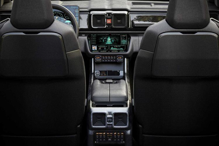 Ngắm SUV hàng hiếm G-NIVA 2020 - xe Mercedes G-Class 'lai' Lada