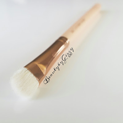 ZOEVA 234 LUXE SMOKEY SHADER EYE BRUSH REVIEW