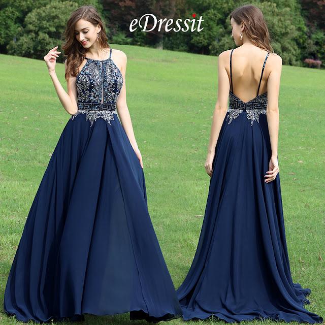 7e94397a29d Cette robe perlée est brillante
