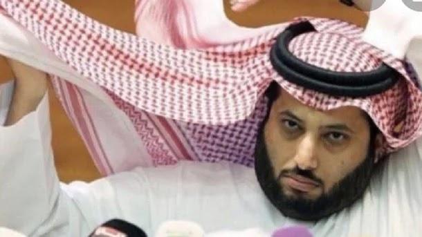 """شغب بسيط.. آل الشيخ يحطم """"تلفزيون"""" في مواجهة السويلم"""