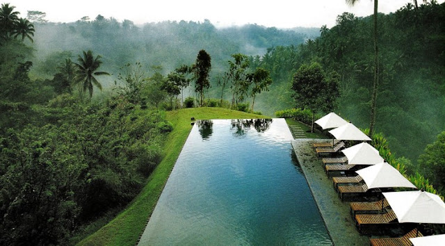 One of the attractions of Bali are real pop BeachesinBali; Ubud Bali And Surrounding Tourist