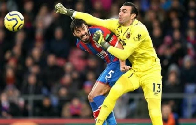 west-ham-goalkeeper-roberto-joins-new.html