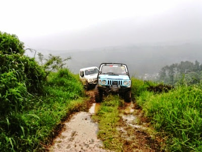 0856-9140-9060, offroad, fun offroad, Offroad Bogor, adventure offroad, wisata offroad, paket fun offroad, outbound bogor, team building, family gathering, corporate gathering, rafting, arung jeram, paintball