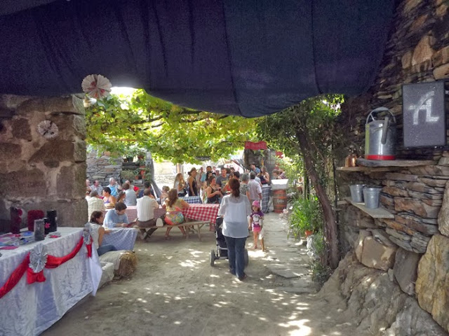 Tasquinha na Festa do Caldo de Quintandona