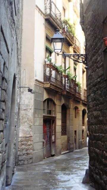 La calle que lleva a la Plaça Sant Felip Neri, Barcelona