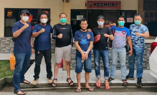 Calo Masuk Polisi Ditangkap di Jambi, Korban Rugi Ratusan Juta