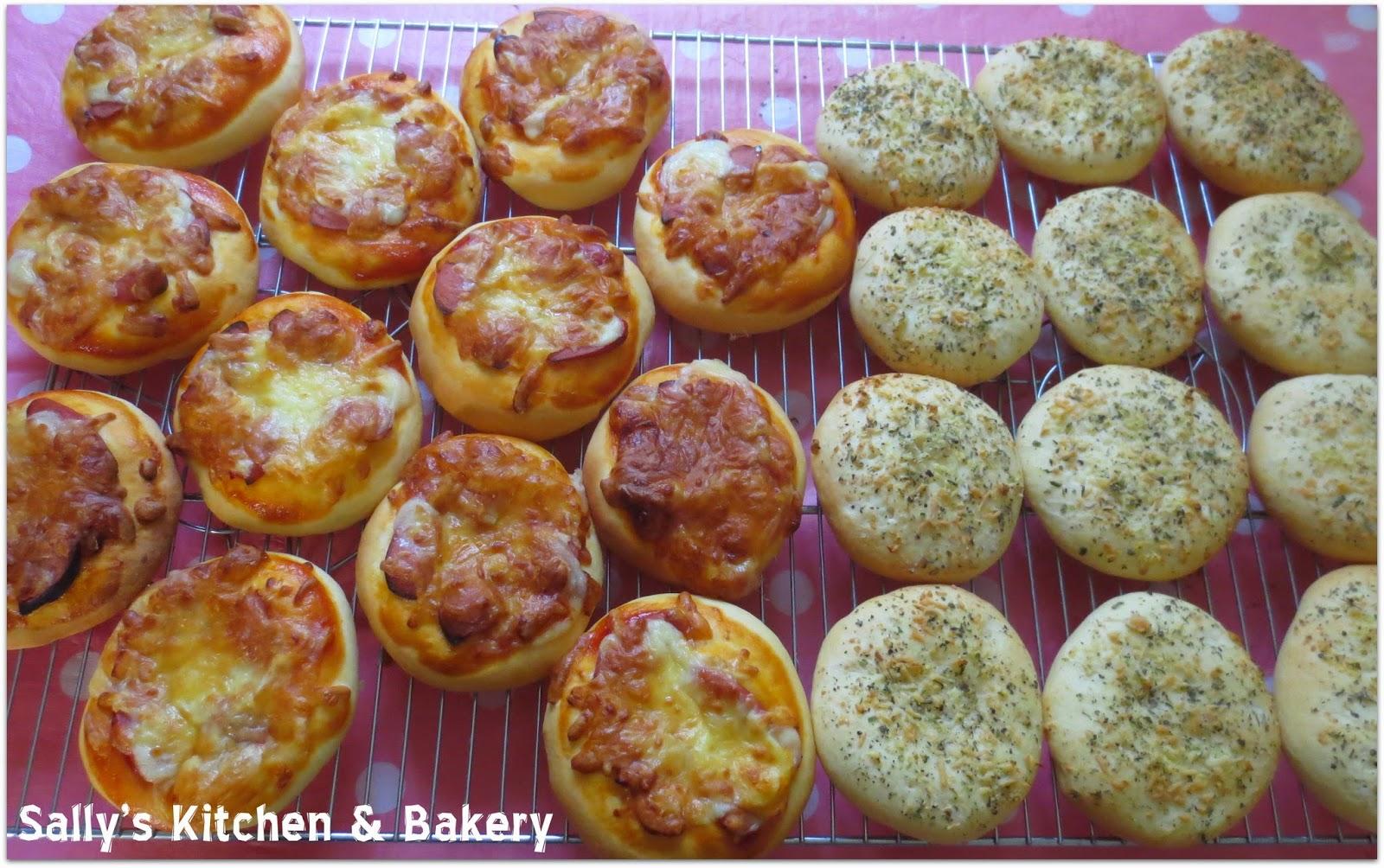 Sally's Kitchen & Bakery: 12大6小生日大派對 @ Sally's Kitchen+BBQ+親子曲奇製作