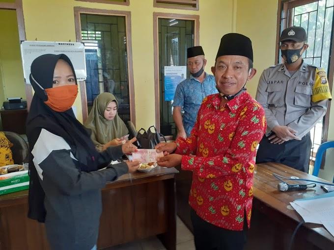 Desa Tebat Tenong Dalam Telah menyalurkan BLTDD Tahap Tiga