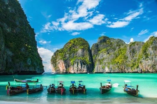 Enjoy the Sensation of a Vacation on the Island of Phuket,Thailand
