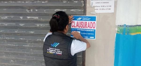 El Ministerio de Salud Pública, a través de la Dirección General de Medicamentos, Alimentos y Productos Sanitarios (DIGEMAPS), cerró tres plantas procesadoras de agua ubicadas en la Provincia de Santo Domingo, Este.