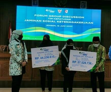 Forum Group Discusion  Tim Kepatuhan Jaminan Ketenagakerjaan  Berikan Bantuan.