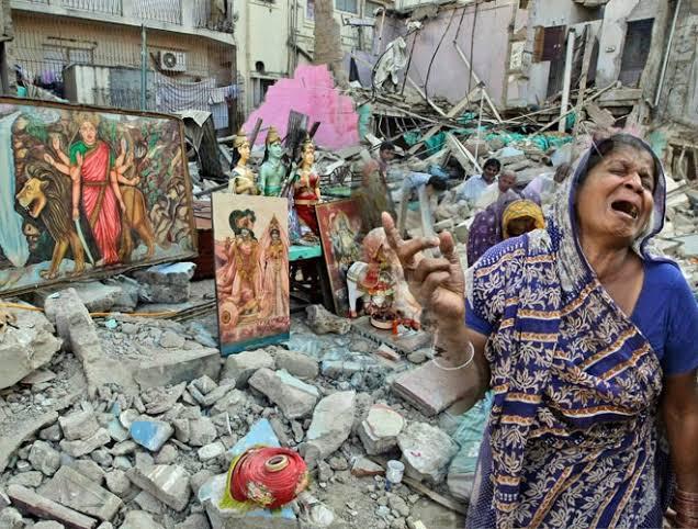 પાકિસ્તાનમાં હિન્દુ મંદિરને પાડી દેવામાં આવ્યું, પાકિસ્તાન પોલિસે ૨૪ લોકો ની કરી ધરપકડ