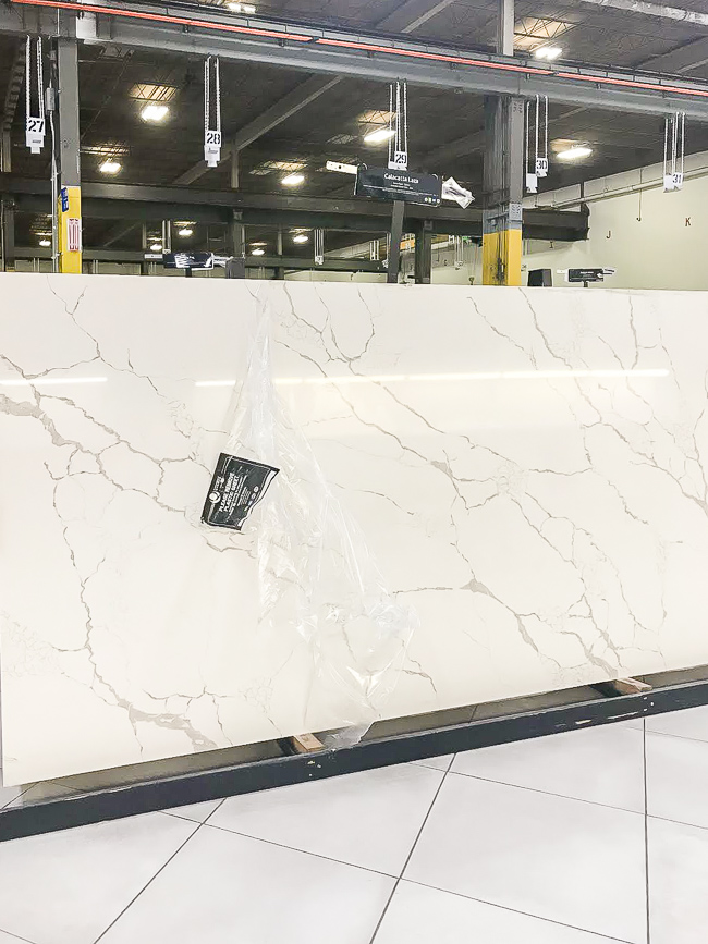 Calcatta laza quartz counters