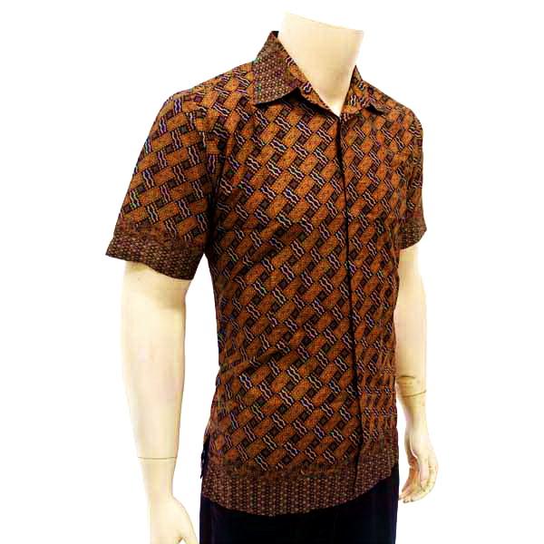 Kemeja Dari Batik Tulis: Kemeja Pria Batik Tulis Solo