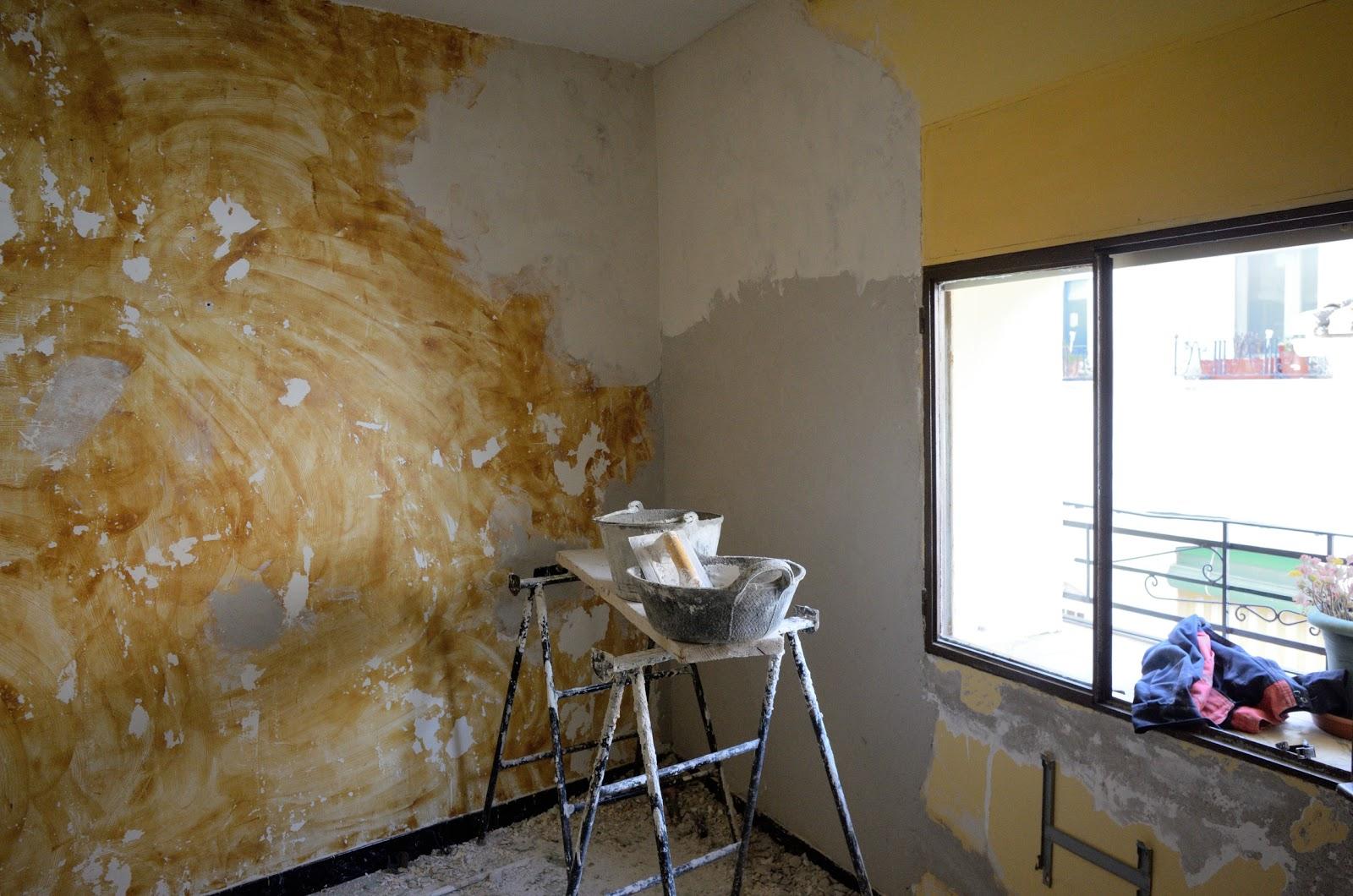 refaire mur salle de bain des planches de bois pour refaire un mur de sa salle de bain refaire. Black Bedroom Furniture Sets. Home Design Ideas