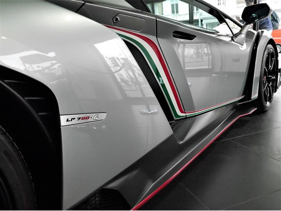 Lamborghini Veneno - Rare puts settled in London