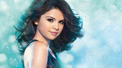 Selena Gomez new stylish photos